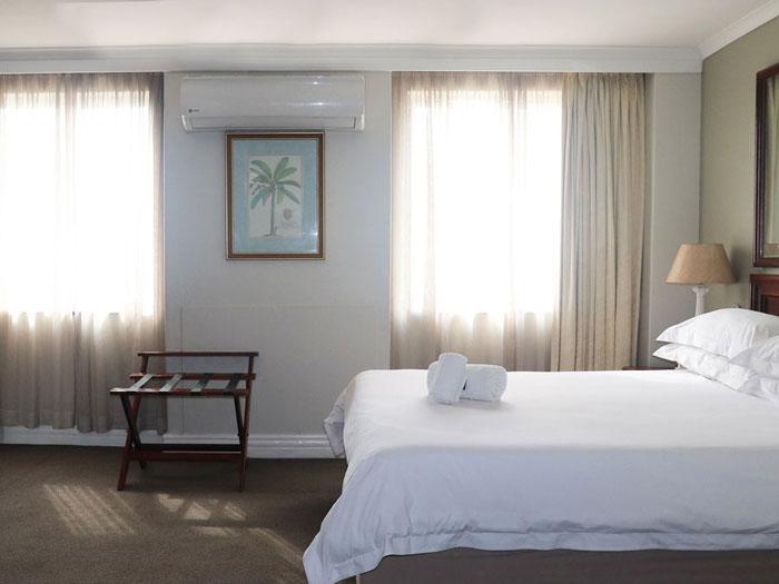 balmoral-room-1.jpg